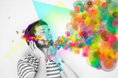 Anomalia cerebral causa superposição de sentidos